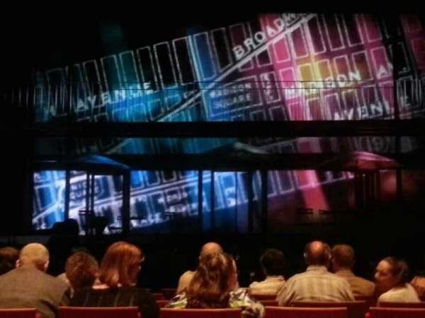 Durham Performing Arts Center, secção: 3, fila: H, lugar: 111