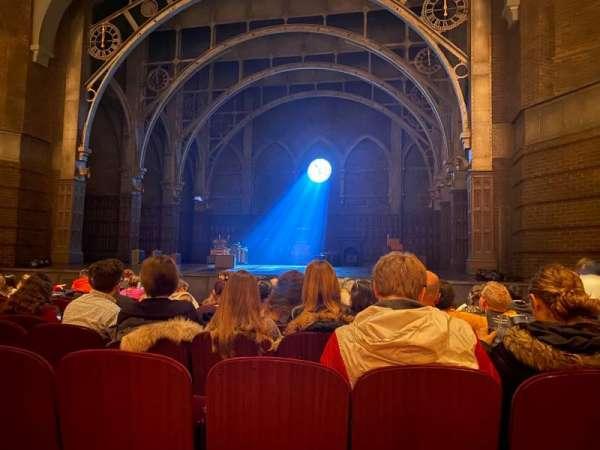 Lyric Theatre, secção: Orchestra R, fila: K, lugar: 14
