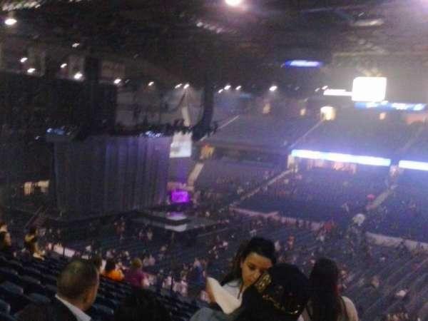 Allstate Arena, secção: 212, fila: LL, lugar: 14