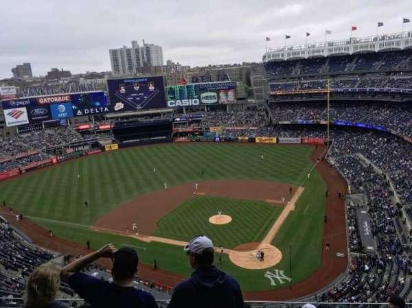 Yankee Stadium, secção: 421, fila: 7, lugar: 7