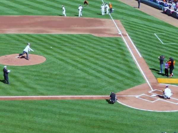 Oriole Park at Camden Yards, secção: 246, fila: 4, lugar: 4