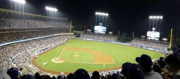 Dodger Stadium, secção: 10RS, fila: N, lugar: 6