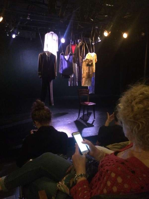 Cherry Lane Theatre, secção: General Admission, fila: 3, lugar: 1