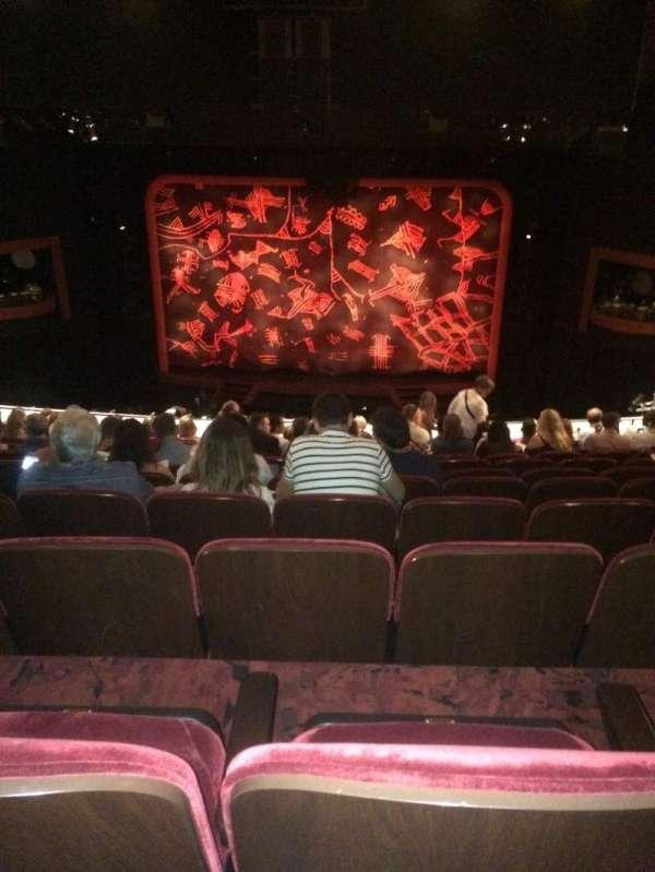 Minskoff Theatre, secção: Mezzanine, fila: L, lugar: 132