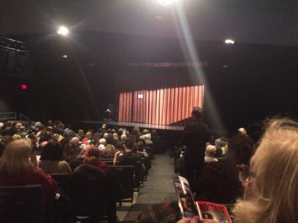 Laura Pels Theatre, secção: Orchestra, fila: O, lugar: 10