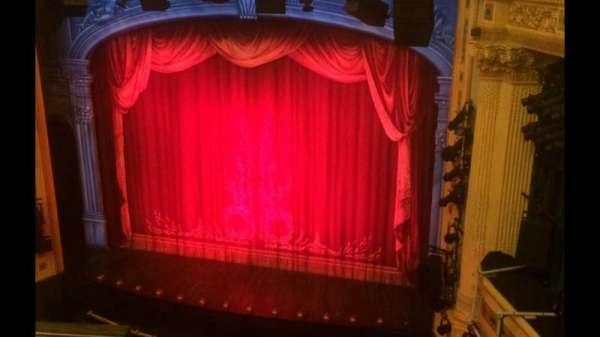 Hudson Theatre, secção: Balcony R, fila: B, lugar: 2