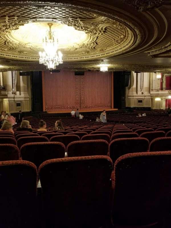Citizens Bank Opera House, secção: Orchestra LC, fila: Y, lugar: 27