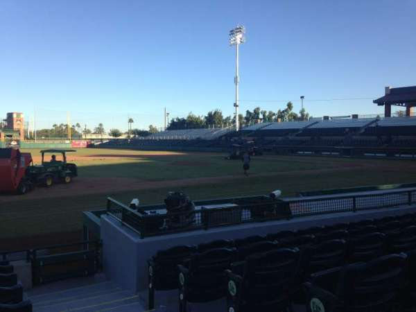 Scottsdale Stadium, secção: 117, fila: H, lugar: 1