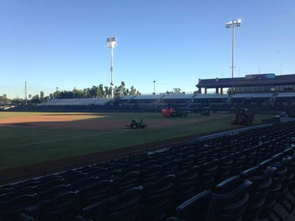 Scottsdale Stadium, secção: 125, fila: H, lugar: 1