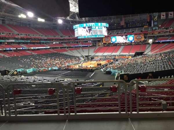 State Farm Stadium, secção: 137, fila: WC, lugar: 19