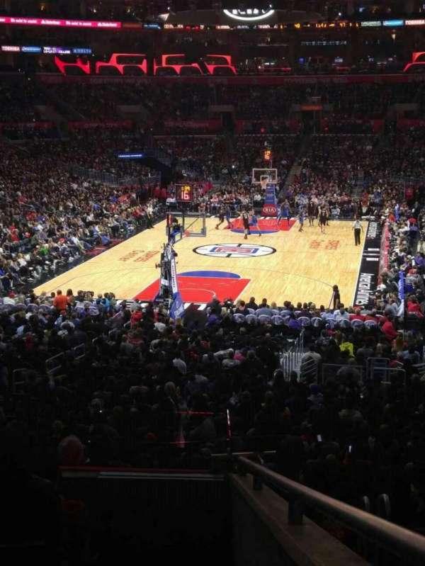 Staples Center, secção: 207, fila: 7, lugar: 4
