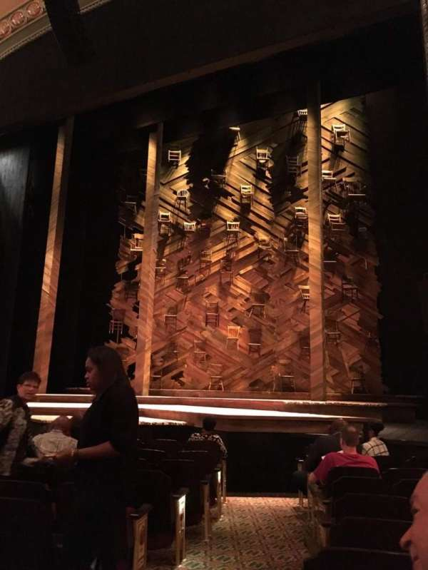 Bernard B. Jacobs Theatre, secção: Orchestra R, fila: I, lugar: 4