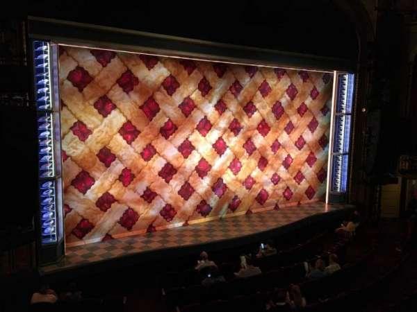 Brooks Atkinson Theatre, secção: Front Mezzanine L, fila: A, lugar: 11