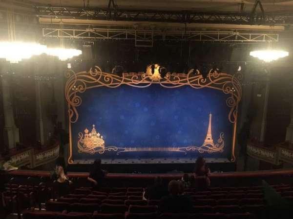 Broadhurst Theatre, secção: Mezzanine C, fila: L, lugar: 102