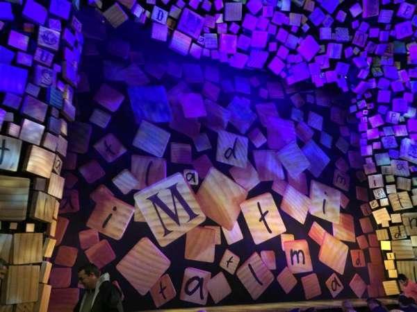 Shubert Theatre, secção: Orchestra L, fila: G, lugar: 1