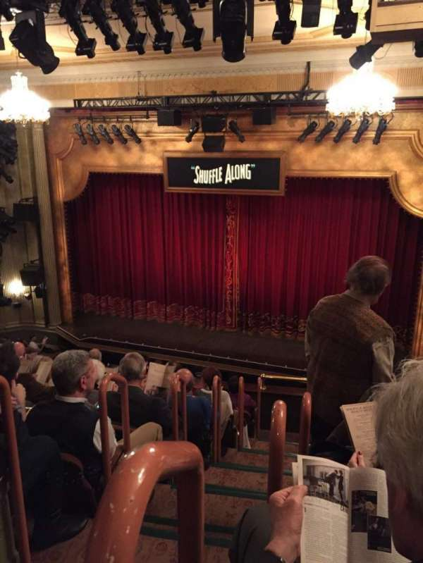 Music Box Theatre, secção: Mezzanine R, fila: J, lugar: 2