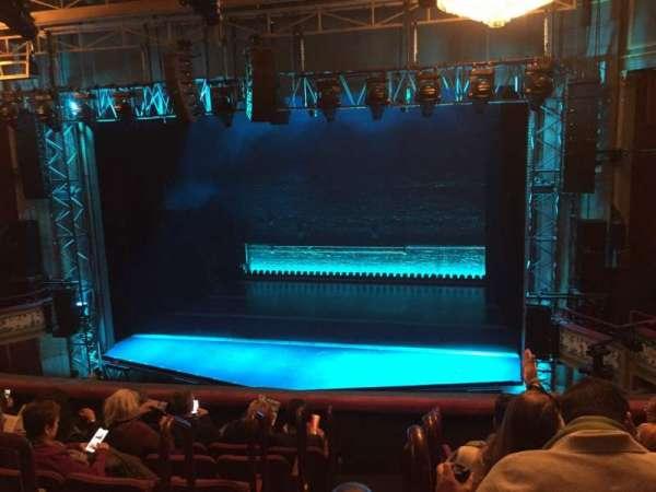 Broadhurst Theatre, secção: Mezzanine R, fila: G, lugar: 2
