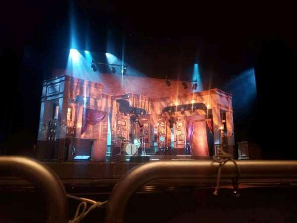 Fred Kavli Theatre, secção: Orchestra, fila: A, lugar: 23