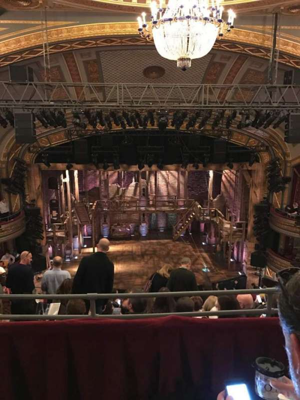 Richard Rodgers Theatre, secção: Rear Mezzanine C, fila: H, lugar: 109