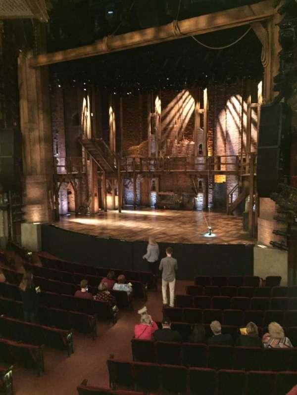CIBC Theatre, secção: Dress Circle R, fila: A, lugar: 6