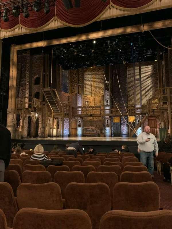 Forrest Theatre, secção: Cener Orch, fila: L (or Row 12), lugar: 101