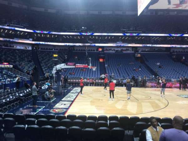 Smoothie King Center, secção: 102, fila: 8, lugar: 2
