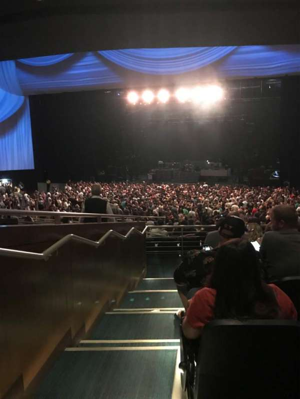 Park Theater at Park MGM, secção: 303, fila: N, lugar: 26
