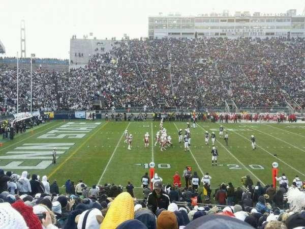 Beaver Stadium, secção: EB, fila: 12, lugar: 13