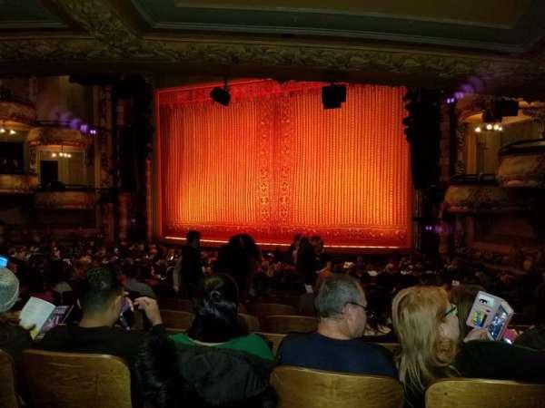 New Amsterdam Theatre, secção: Orchestra R, fila: U, lugar: 6