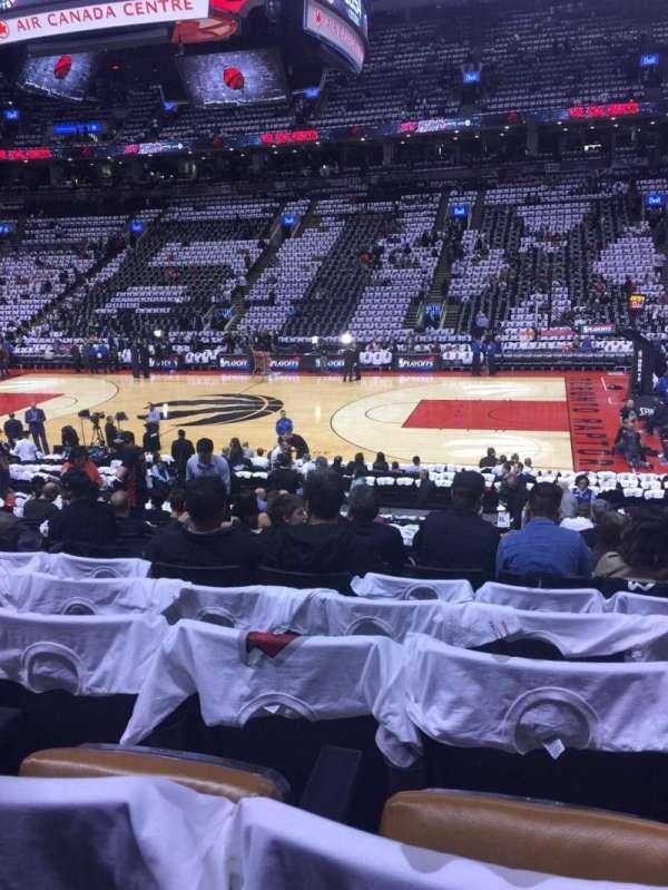 Scotiabank Arena, secção: 107, fila: 19, lugar: 13