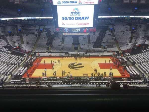 Scotiabank Arena, secção: 321, fila: 10, lugar: 13
