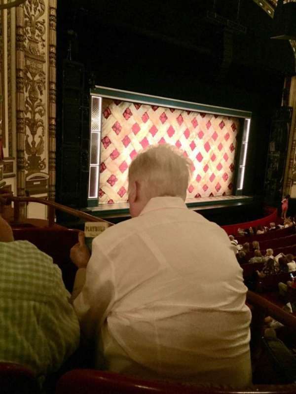 Cadillac Palace Theater, secção: Dress Circle L, fila: EE, lugar: 3