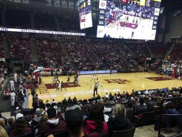 Reed Arena, secção: 107, fila: K, lugar: 4