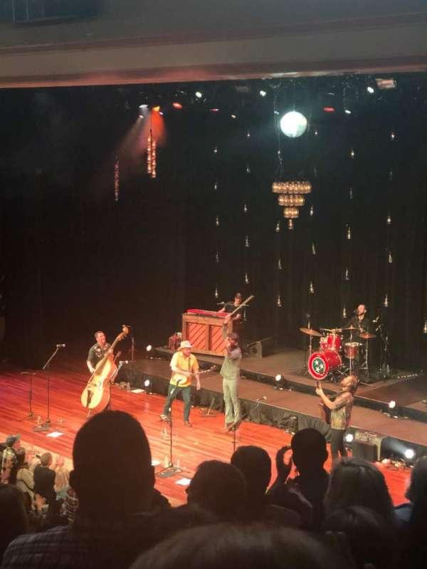 Ryman Auditorium, secção: BAL-10, fila: J
