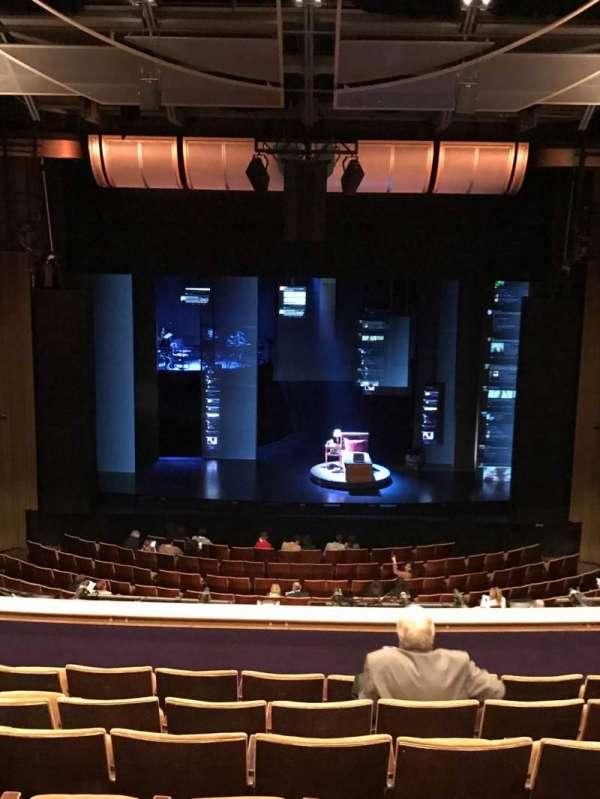 Ahmanson Theatre, secção: Mezzanine, fila: G, lugar: 24