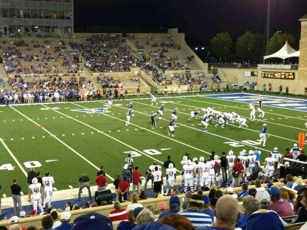 H. A. Chapman Stadium, secção: 104, fila: 26, lugar: 22