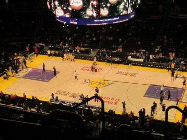 Staples Center, secção: 333, fila: 7, lugar: 18