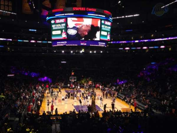 Staples Center, secção: 217, fila: 6, lugar: 9