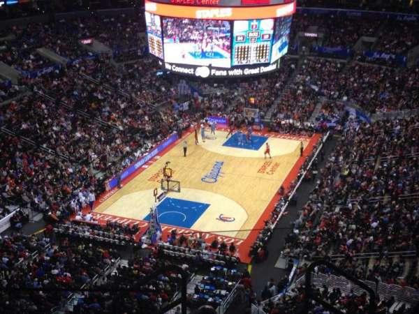 Staples Center, secção: 325, fila: 6, lugar: 1