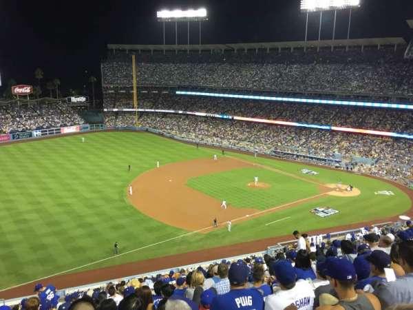 Dodger Stadium, secção: 31RS, fila: T, lugar: 17