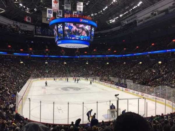 Rogers Arena, secção: 101, fila: 19, lugar: 8