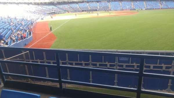 Rogers Centre, secção: 108r, fila: 2, lugar: 11