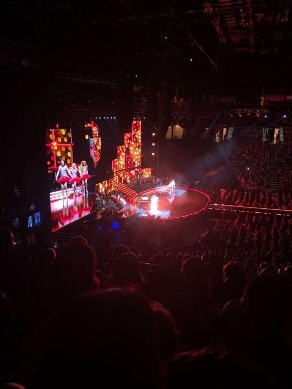 MGM Grand Garden Arena, secção: 217, fila: D, lugar: 6