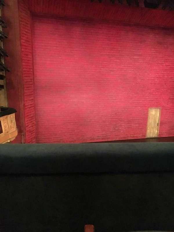 Shubert Theatre, secção: Mezzanine L, fila: B, lugar: 5