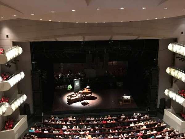 Muriel Kauffman Theatre, secção: Balcony, fila: GZ, lugar: 109
