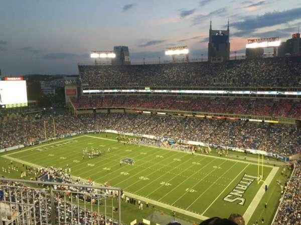 Nissan Stadium, secção: 306, fila: J, lugar: 9