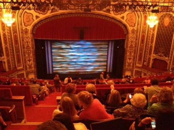 Cadillac Palace Theater, secção: Balcony C, fila: P, lugar: 311
