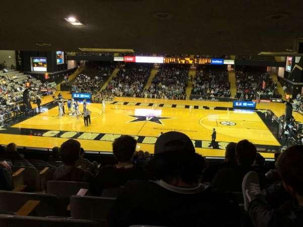 Memorial Gymnasium (Vanderbilt), secção: 2B, fila: 12, lugar: 12