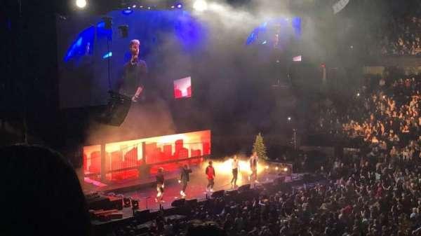 Allstate Arena, secção: 201, fila: E, lugar: 33