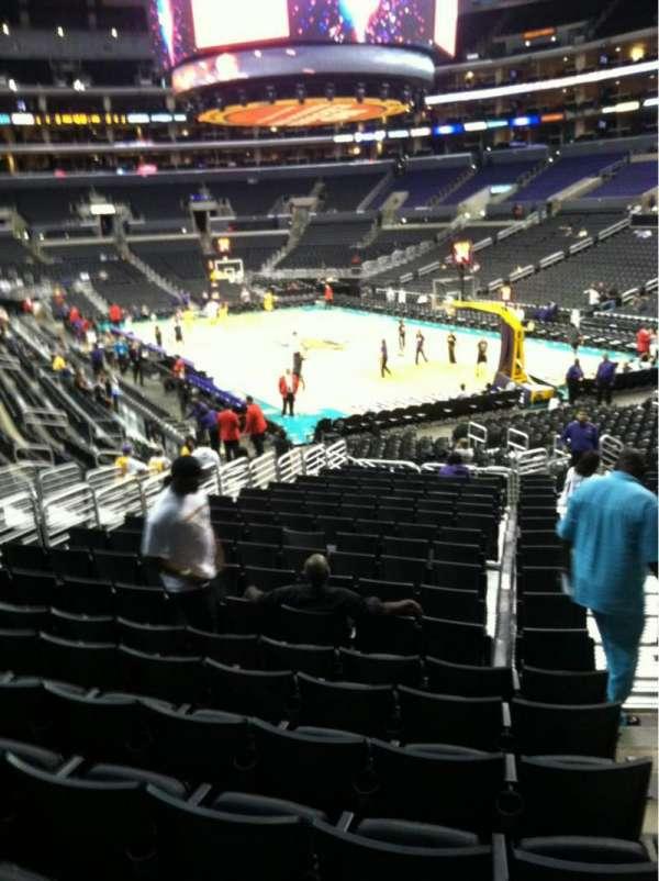 Staples Center, secção: 118, fila: 20, lugar: 1